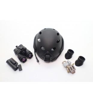 Army Helmet And Telescope / 軍事頭盔及望遠鏡