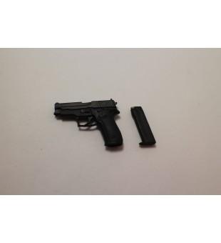 Hand Gun / 手槍